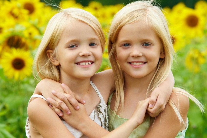 Ученые рассказали, почему близнецы живут дольше обычных людей