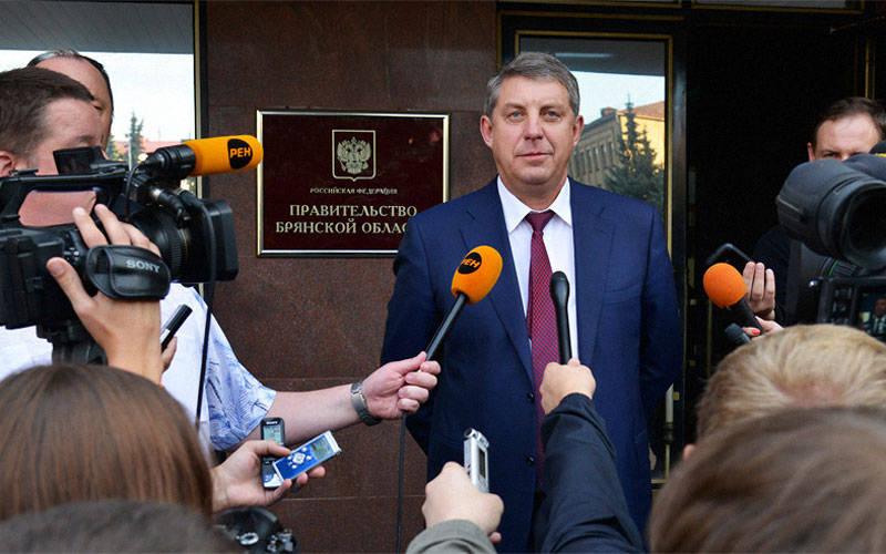Александр Богомаз возглавил рейтинг губернаторов повеличине семейного дохода