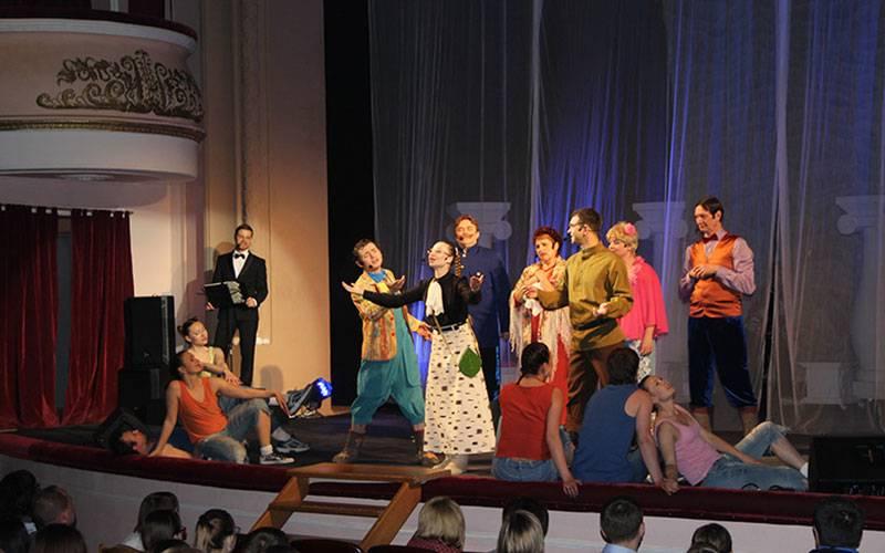 ВБрянске открылся международный фестиваль «Славянские театральные встречи»