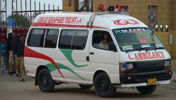 В ДТП с автобусом в Пакистане погибли не менее 10 человек