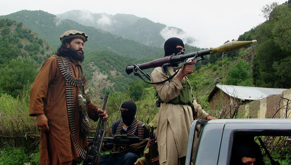 СМИ сообщили, что при авиаударе США погиб таксист, а не лидер талибов