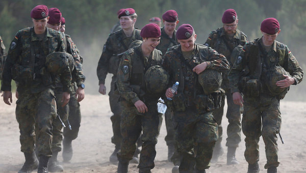 Военный конвой США из 225 единиц техники проедет через Чехию