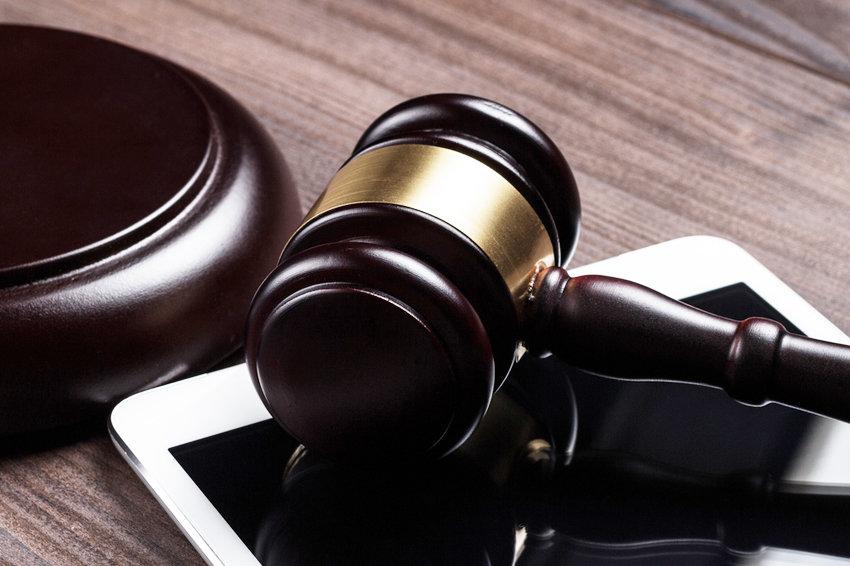 Адвокатам пропишут правила поведения в социальных сетях