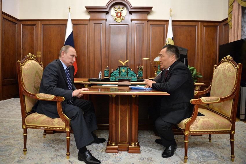 Путин поддержал досрочную отставку главы Тувы и решение пойти на выборы