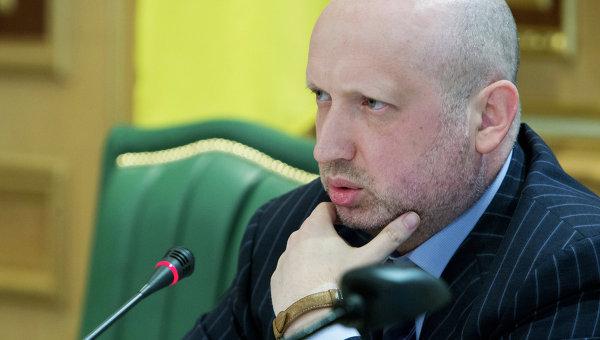 Турчинов отреагировал на покушение на свою жену