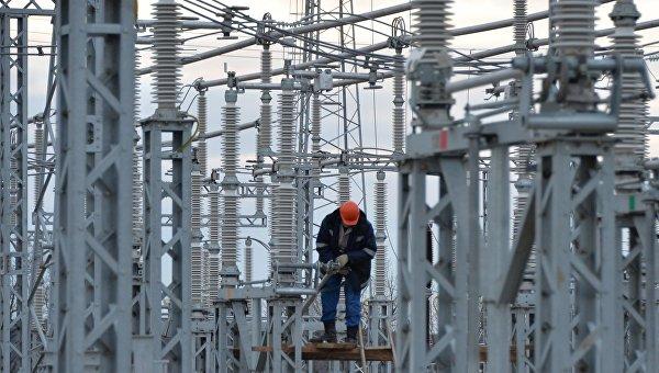 В Киеве связывают отклонения в работе АЭС с отключением от энергосети Крыма