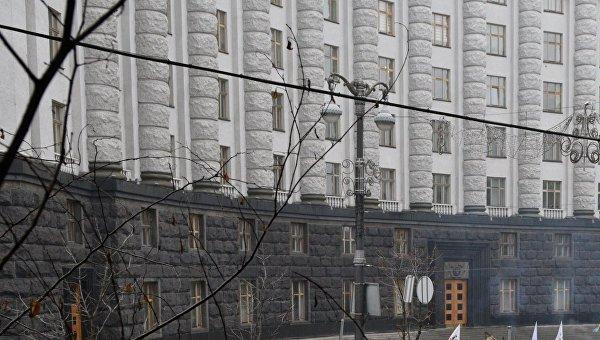 Кабмин Украины намерен упростить таможенные процедуры для предприятий