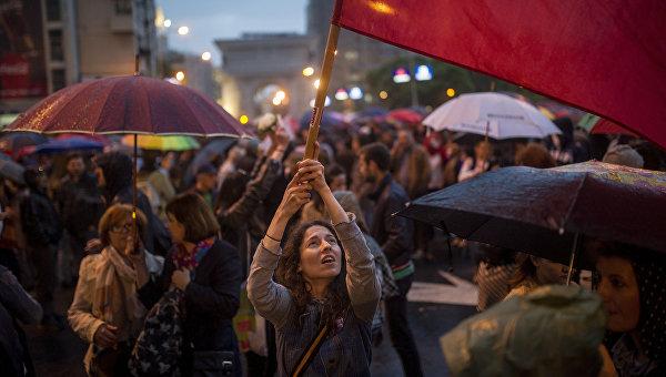 КС Македонии признал самороспуск парламента неконституционным