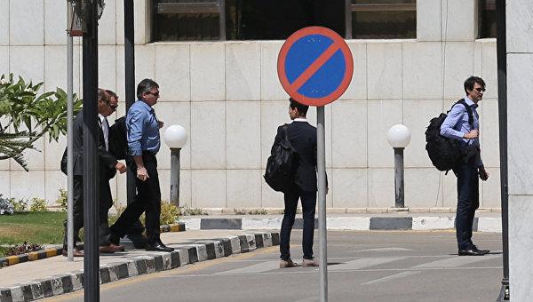 Специалисты зафиксировали сигнал радиомаяка разбившегося самолета EgyptAir