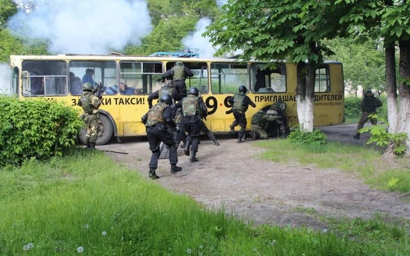 В Брянске врамках антитеррористических учений устроили захват заложников