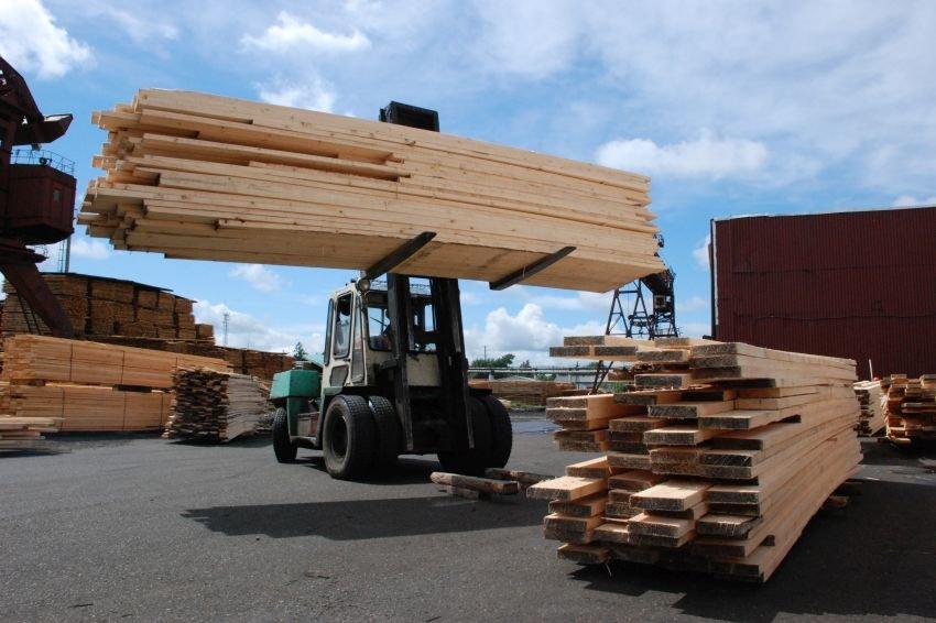 Иркутская таможня предложила упорядочить экспорт пиломатералов