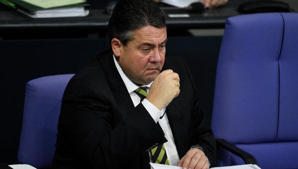 Киев возмутило предложение вице-канцлера ФРГ снять санкции с России
