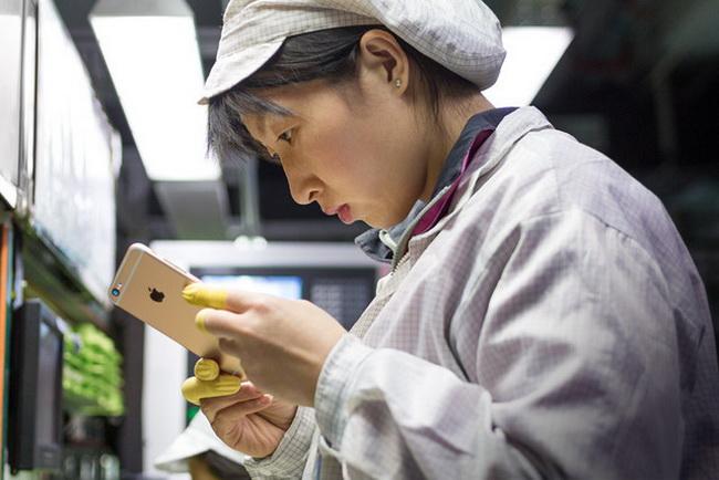 Foxconn избавилась от 60 000 человек, заменив их роботами