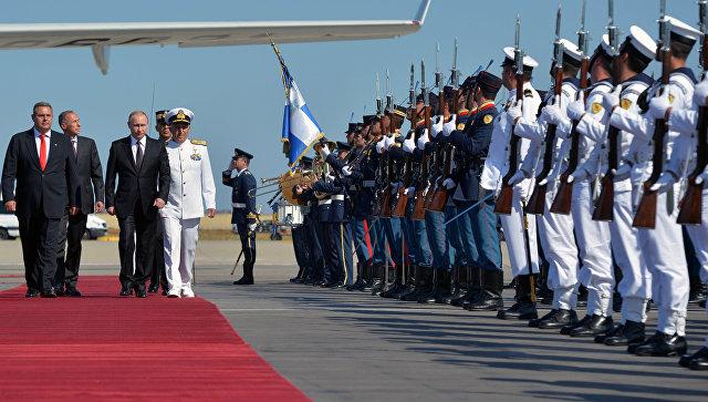 Путин надеется, что оппозиция Греции поддержит развитие отношений с Россией