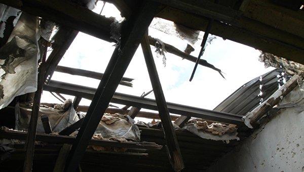 Замглавы СММ ОБСЕ прибыл в Докучаевск, обстрелянный в субботу из минометов