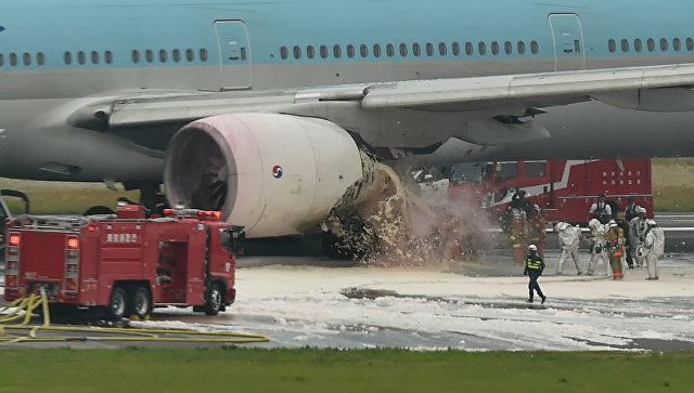 США, Япония и Южная Корея расследуют причины возгорания двигателя Boeing