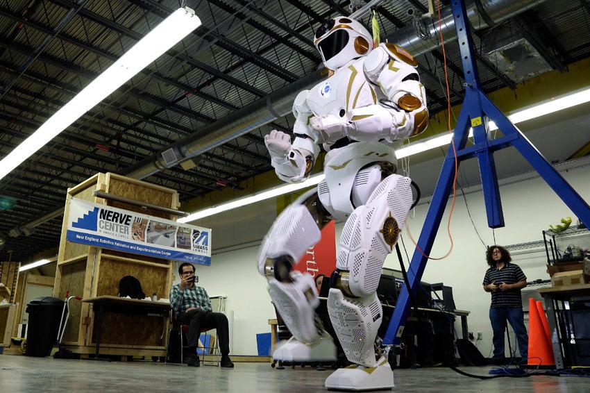 Первыми на Марс ступят роботы