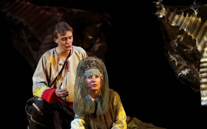 Союз женщин России привез вБрянск спектакль «Зачарованный лес»