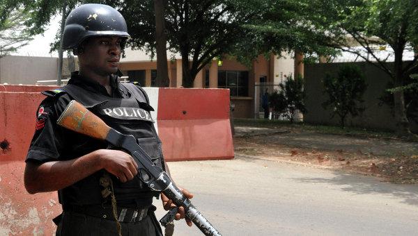 В Нигерии боевики напали на судно нефтяной компании, погибли шесть человек