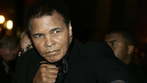 СМИ сообщили, что боксер Мохаммед Али находится при смерти