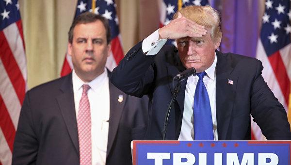 СМИ: охранники Трампа выдворили журналиста, который прошел по билету