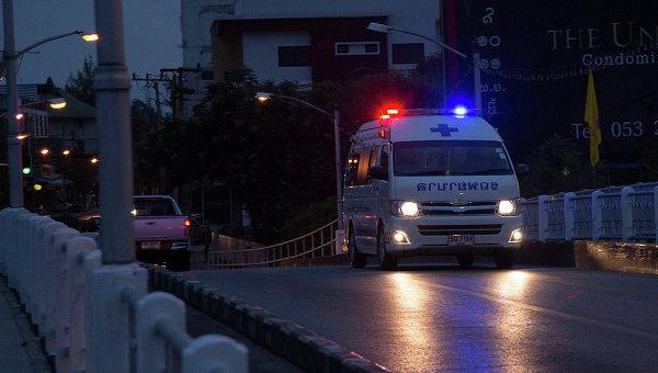 В Таиланде при обрушении отеля погиб турист