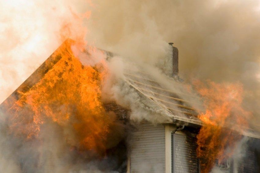 Более 40 жителей Бурятии остались без жилья из-за пожара