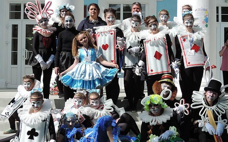 Восемь коллективов выступили натеатральном фестивале вНовозыбкове