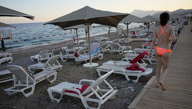 В Турции затопили самолет для развития туризма