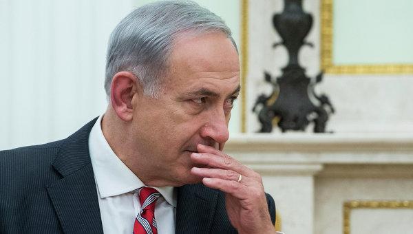 Премьер Израиля посетил место теракта в Тель-Авиве