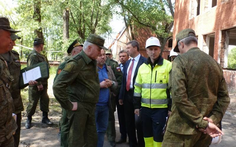 Командующий Западного военного округа проверил, как обживается вКлинцах новая часть