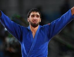 Четвертый медальный день в Рио: золото Халмурзаева, серебро гимнасток