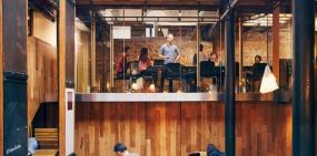 Эффект золотой клетки: почему вашим сотрудникам на самом деле не нужен крутой офис