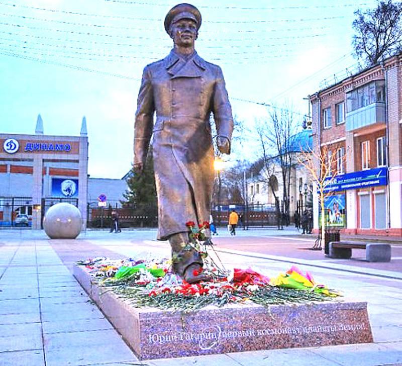 Памятник в брянске заказать памятники тамбов цена новосибирск