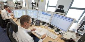 Страховщики заявили о росте продаж электронных полисов ОСАГО