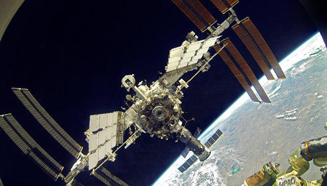Российские ученые превратят выдох космонавтов в воду