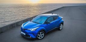 Toyota представила новый компактный кроссовер для России