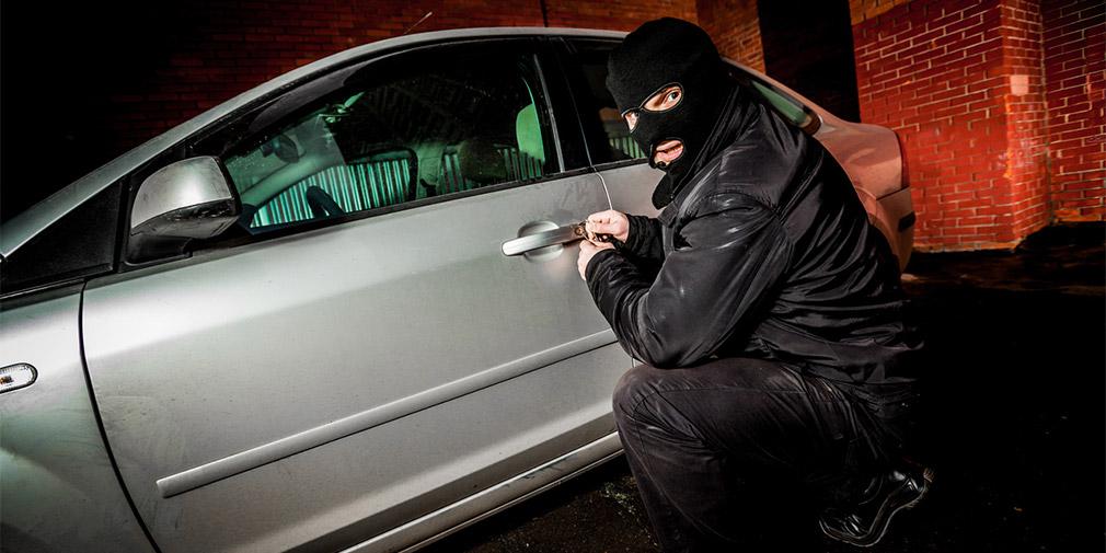 Угонщиков заставили возмещать ущерб автовладельцам