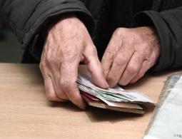 Власти увеличат пособие по безработице для граждан предпенсионного возраста