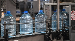 В ГД хотят обязать торговые точки продавать воду по 15 рублей за бутылку