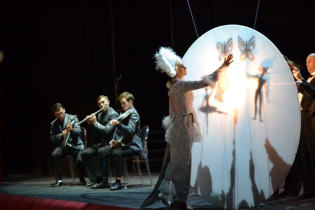 Афиша пермского театра оперы и балета на ноябрь 2016 витебск кино стоимость билетов