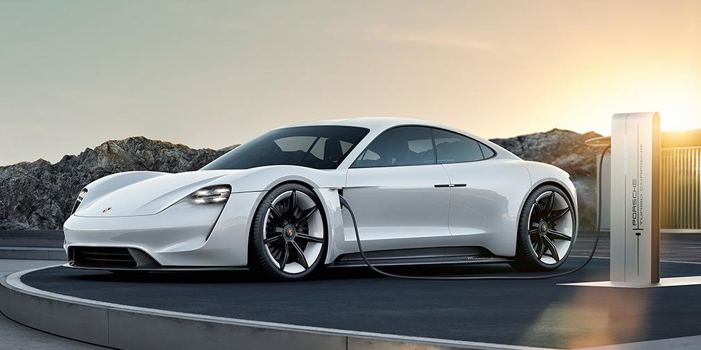 Первый электрокар Porsche окажется дешевле «Панамеры»