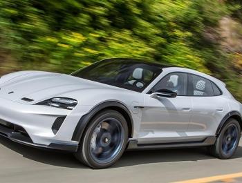 В Porsche подтвердили запуск в серию электрического универсала
