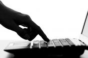 КГИ: россияне стали меньше смотреть телевизор и больше сидеть в интернете