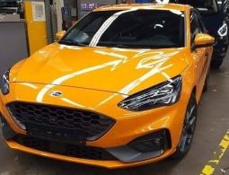 Спортивный Ford Focus нового поколения сфотографировали без камуфляжа