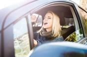 5 научных фактов о пользе пения... за рулем
