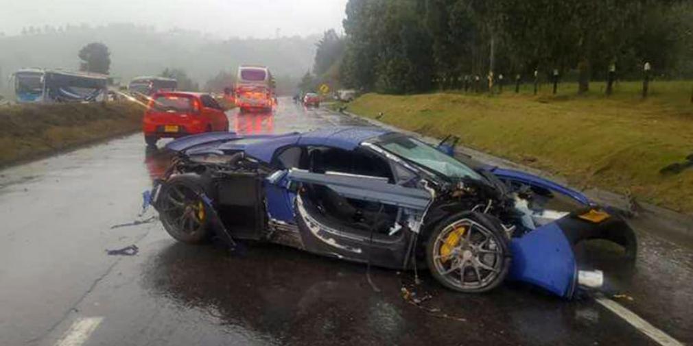 Видео: в Колумбии столкнулись суперкары McLaren, Mercedes и Porsche