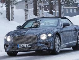 Кабриолет Bentley Continental GT испытали в зимних условиях