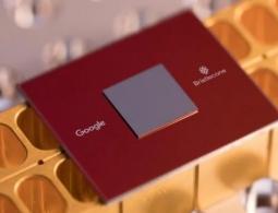 Google представила свой новый квантовый процессор Bristlecone