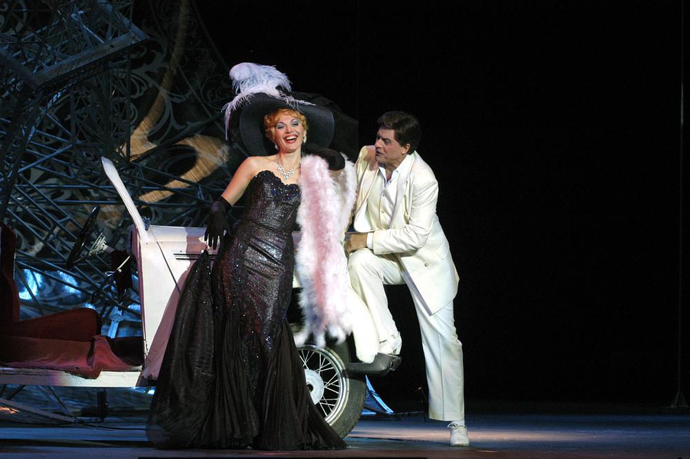 Билеты в театр оперетты где купить юмористические концерты купить билет